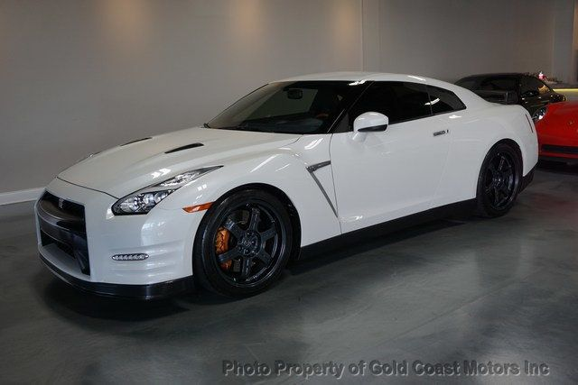 2016 Nissan GT-R 2dr Coupe Black Edition - Click to see full-size photo viewer