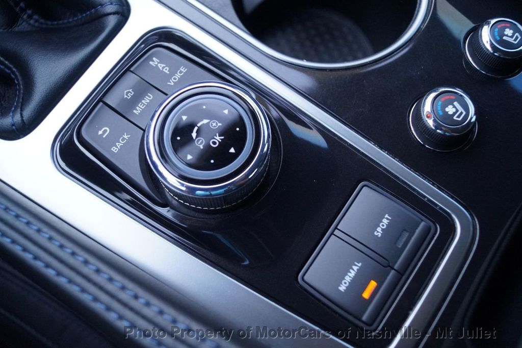 2016 Nissan Maxima 4dr Sedan 3.5 SR - 17900763 - 40