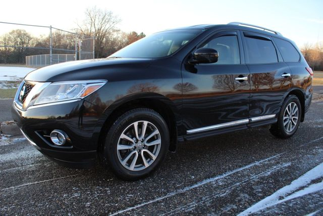 2016 Nissan Pathfinder SL NAVIGATION LEATHER AWD 3RD ROW SEAT ONE OWNER - Click to see full-size photo viewer