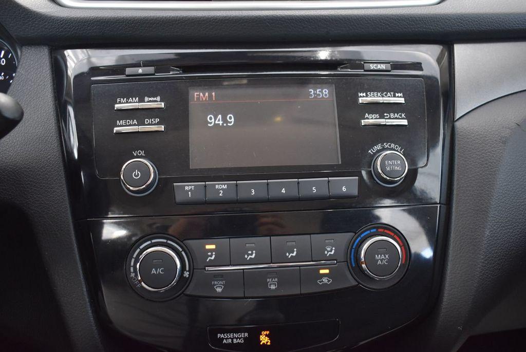 2016 Nissan Rogue  - 18574891 - 22