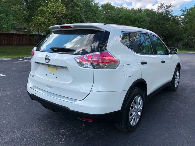2016 Nissan Rogue FWD 4dr S - Click to see full-size photo viewer