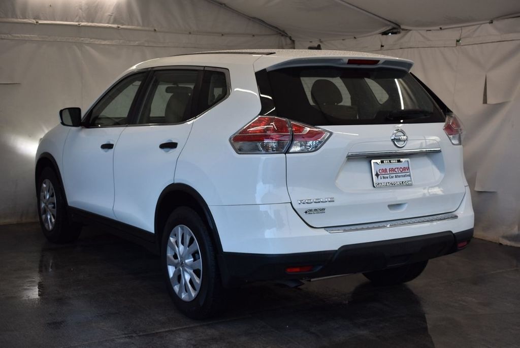 2016 Nissan Rogue FWD 4dr S - 17965862 - 5