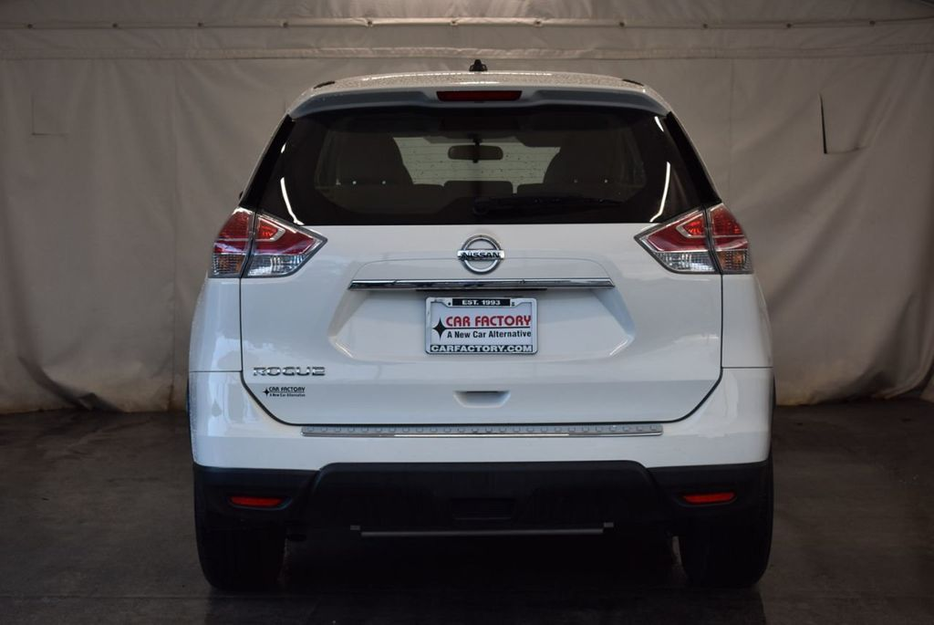 2016 Nissan Rogue FWD 4dr S - 17965862 - 7