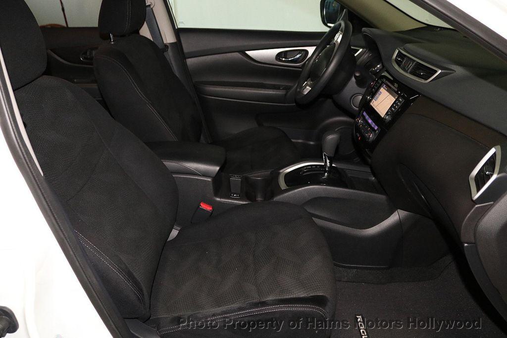 2016 Nissan Rogue FWD 4dr SV - 18584884 - 14