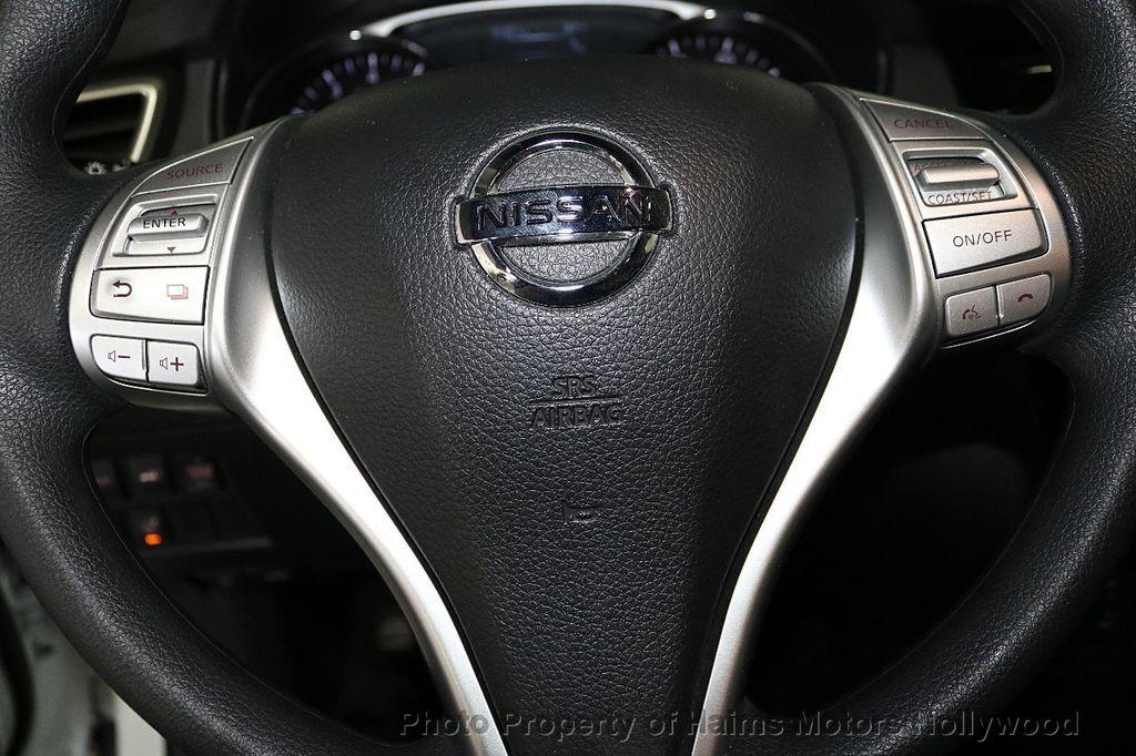 2016 Nissan Rogue FWD 4dr SV - 18584884 - 29