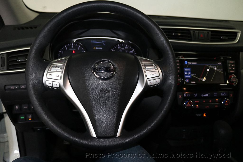 2016 Nissan Rogue FWD 4dr SV - 18584884 - 30