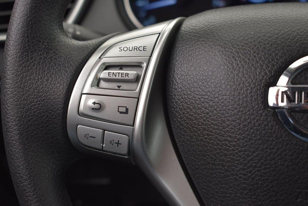 2016 Nissan Rogue FWD 4dr SV - 17705011 - 18
