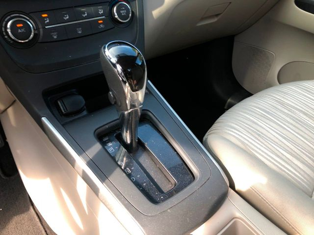 2016 Nissan Sentra 4dr Sedan I4 CVT S - Click to see full-size photo viewer