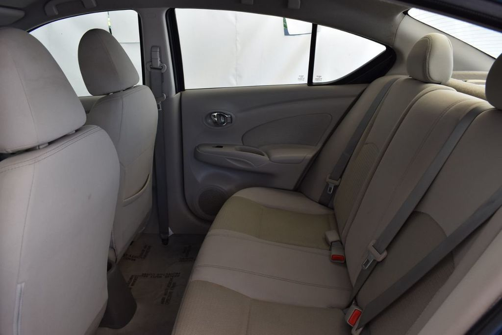 2016 Nissan Versa 4dr Sedan Automatic 1.6 S - 18121011 - 12