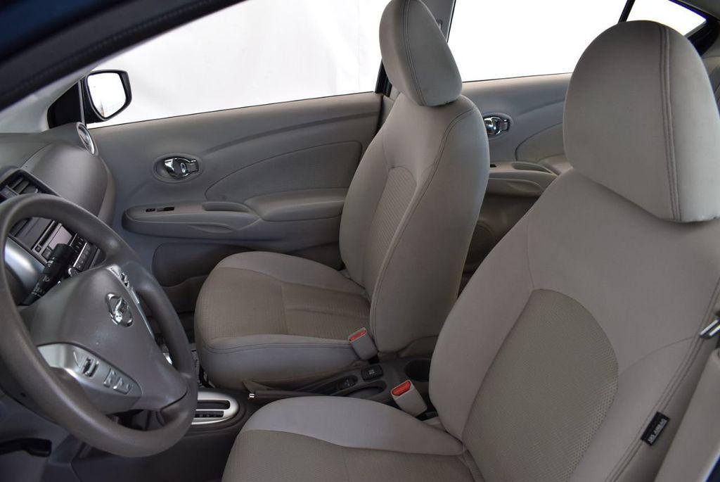 2016 Nissan Versa 4dr Sedan Automatic 1.6 S - 18121011 - 14