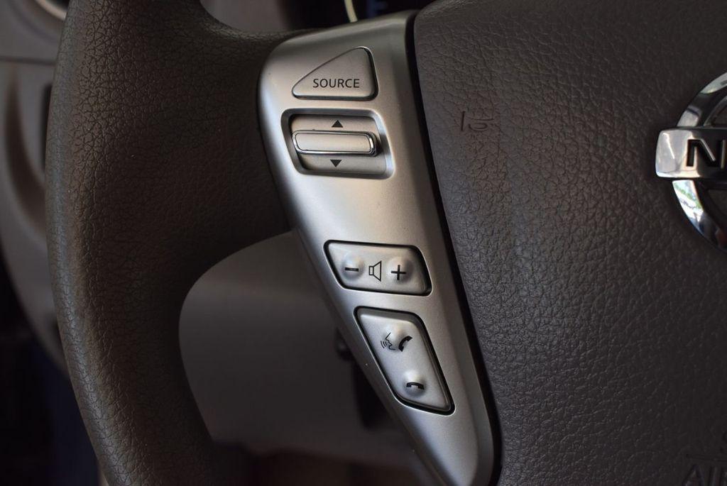 2016 Nissan Versa 4dr Sedan Automatic 1.6 S - 18121011 - 19