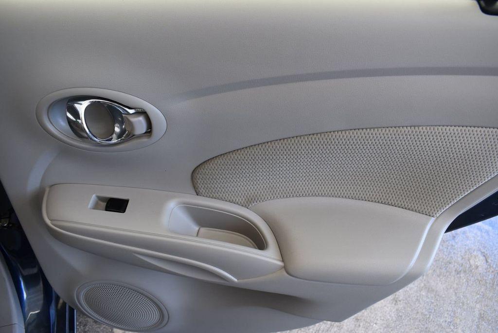 2016 Nissan Versa 4dr Sedan Automatic 1.6 S - 18121011 - 23