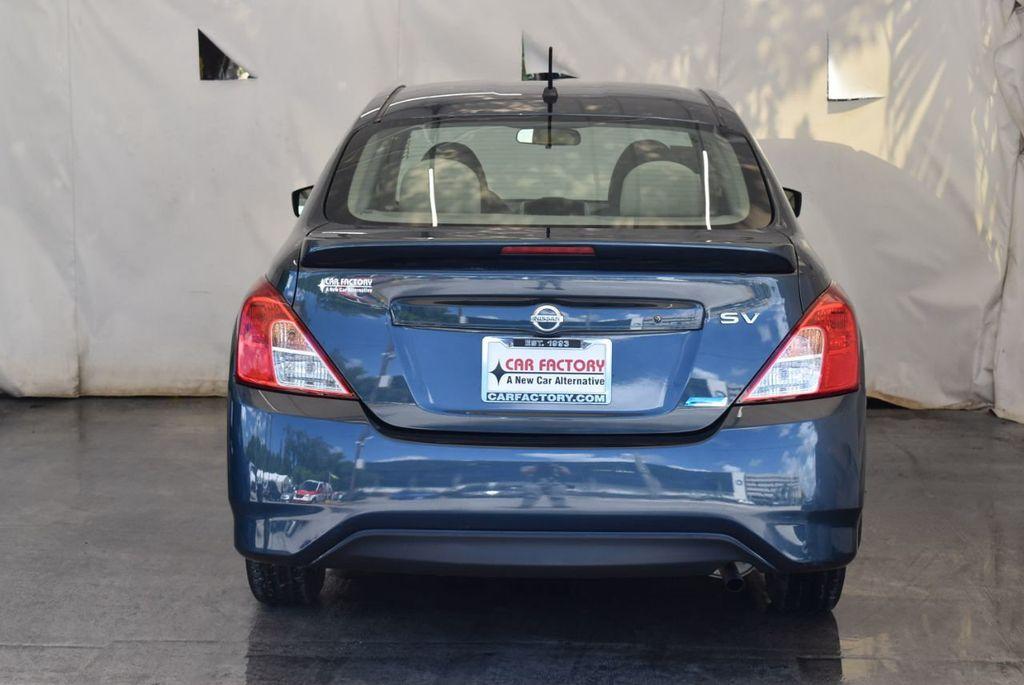 2016 Nissan Versa 4dr Sedan Automatic 1.6 S - 18121011 - 7