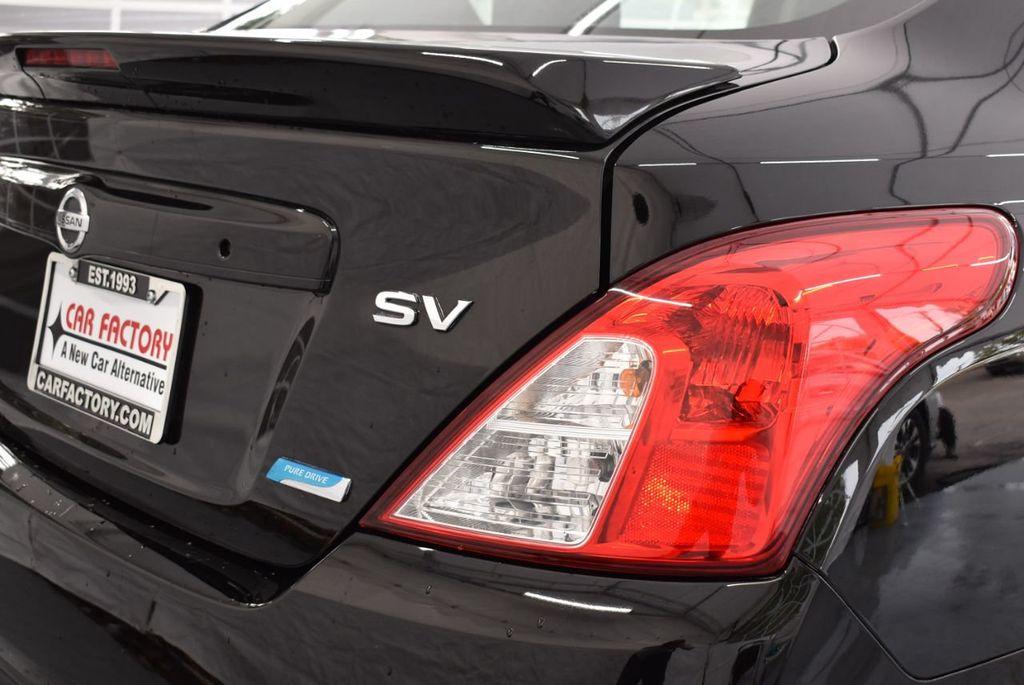 2016 Nissan Versa 4dr Sedan CVT 1.6 SV - 18359551 - 1