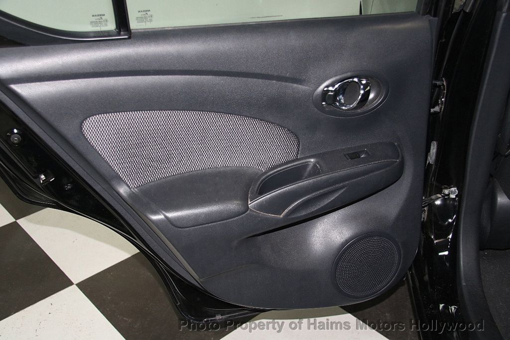 2016 Nissan Versa 4dr Sedan CVT 1.6 SV - 17275027 - 12