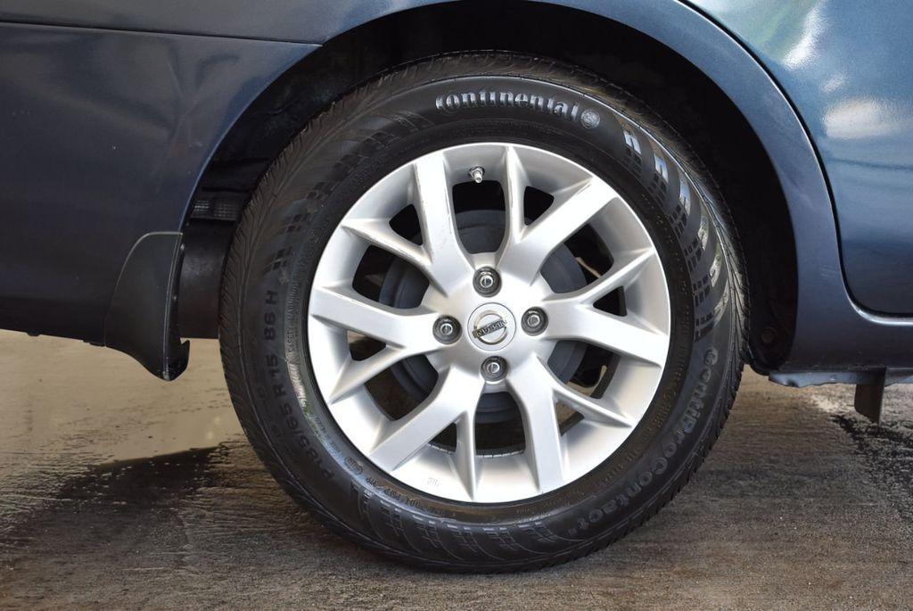 2016 Nissan Versa 4dr Sedan CVT 1.6 SV - 18121010 - 9