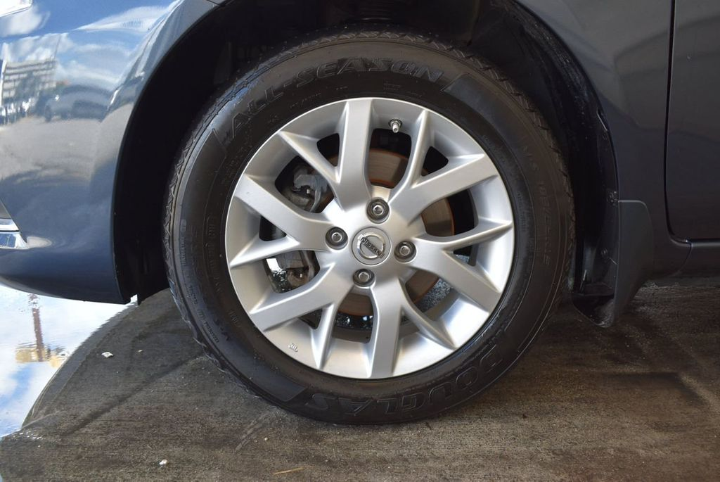 2016 Nissan Versa 4dr Sedan CVT 1.6 SV - 18121010 - 11