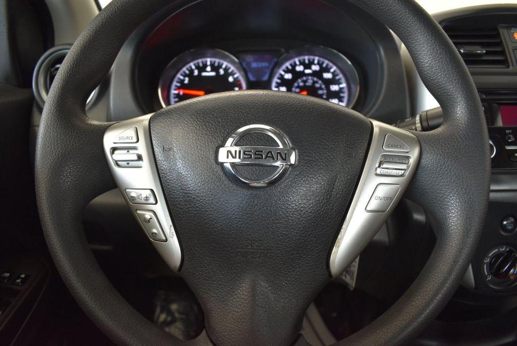 2016 Nissan Versa 4dr Sedan CVT 1.6 SV - 18121010 - 17