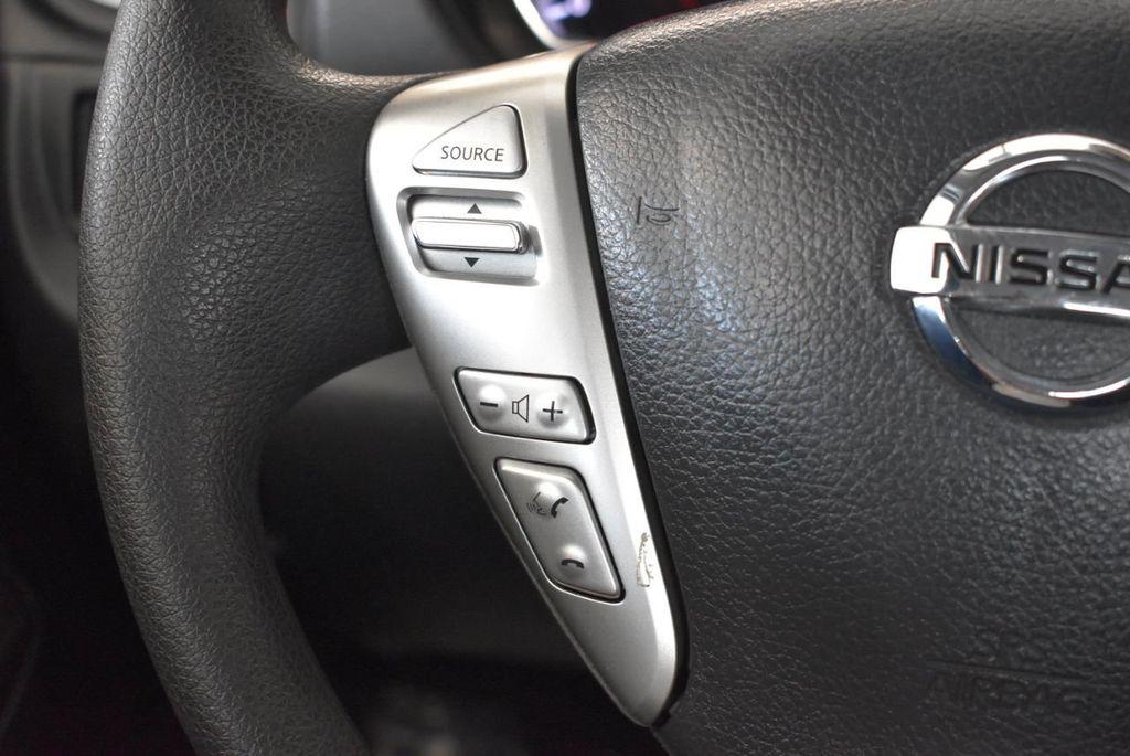 2016 Nissan Versa 4dr Sedan CVT 1.6 SV - 18121010 - 19