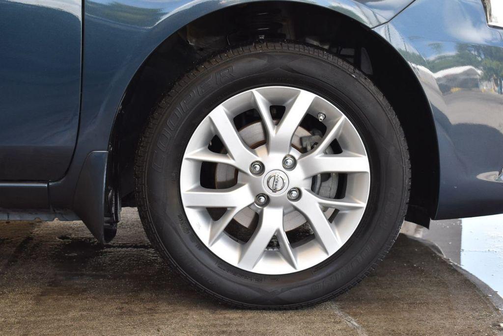 2016 Nissan Versa 4dr Sedan CVT 1.6 SV - 18121010 - 8