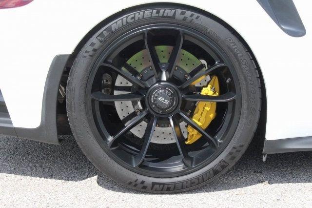 2016 Porsche 911  - 17972069 - 20