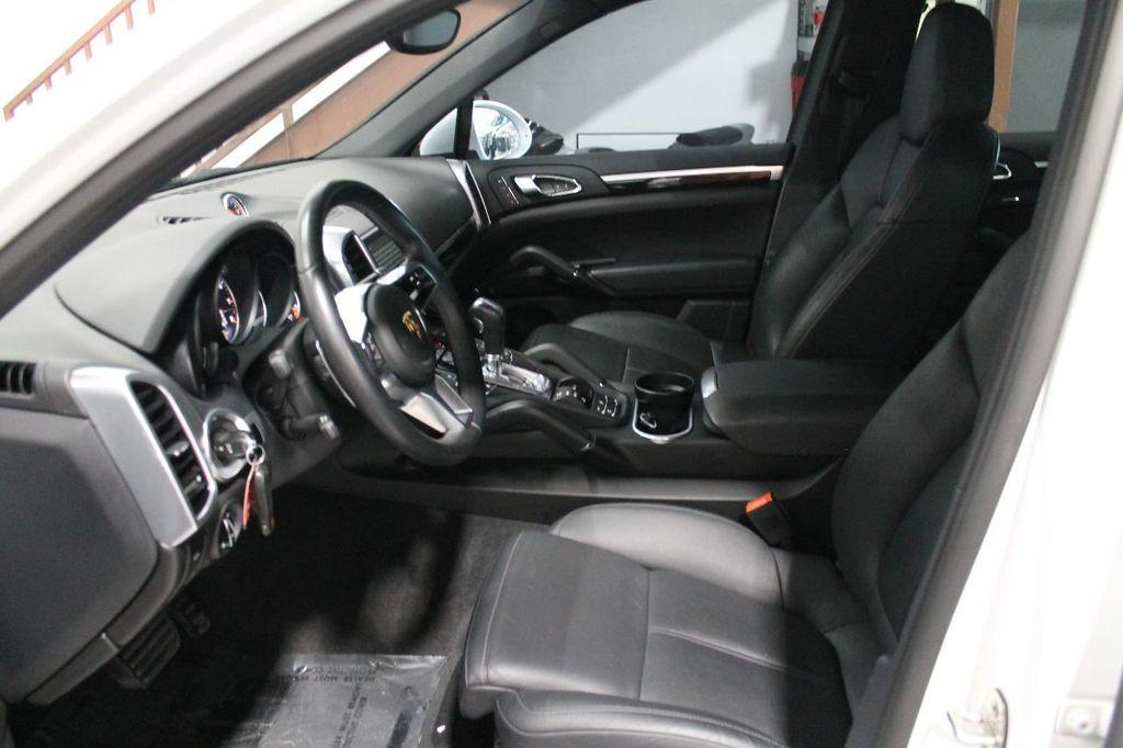 2016 Porsche Cayenne CAYENNE NAV BACKUP CAMERA PANOROOF AC SEATS LOADED!!!!!!!!!!!!!! - 17920160 - 21