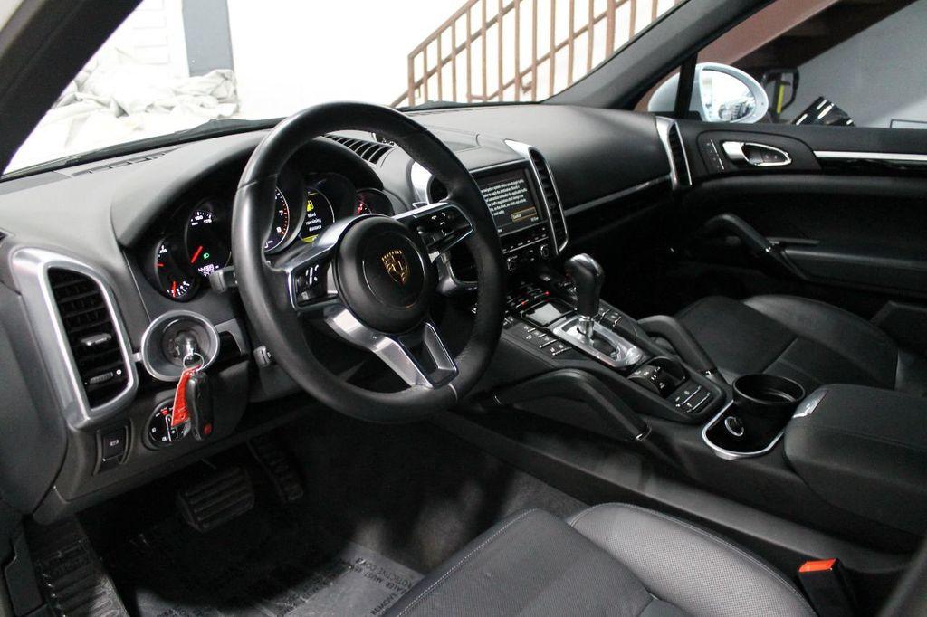 2016 Porsche Cayenne CAYENNE NAV BACKUP CAMERA PANOROOF AC SEATS LOADED!!!!!!!!!!!!!! - 17920160 - 22