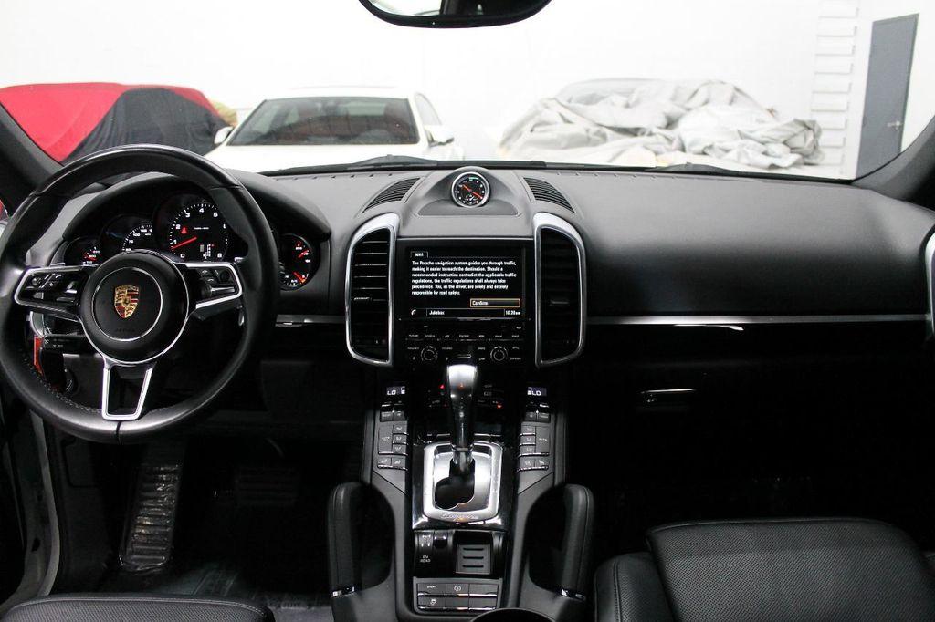 2016 Porsche Cayenne CAYENNE NAV BACKUP CAMERA PANOROOF AC SEATS LOADED!!!!!!!!!!!!!! - 17920160 - 28