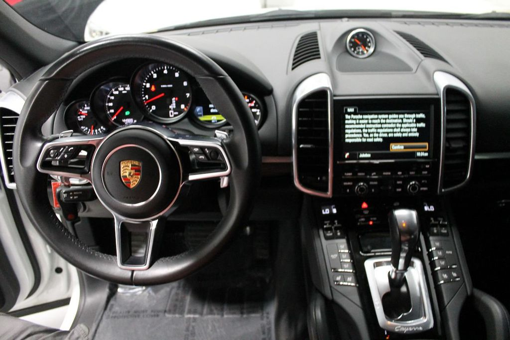 2016 Porsche Cayenne CAYENNE NAV BACKUP CAMERA PANOROOF AC SEATS LOADED!!!!!!!!!!!!!! - 17920160 - 29