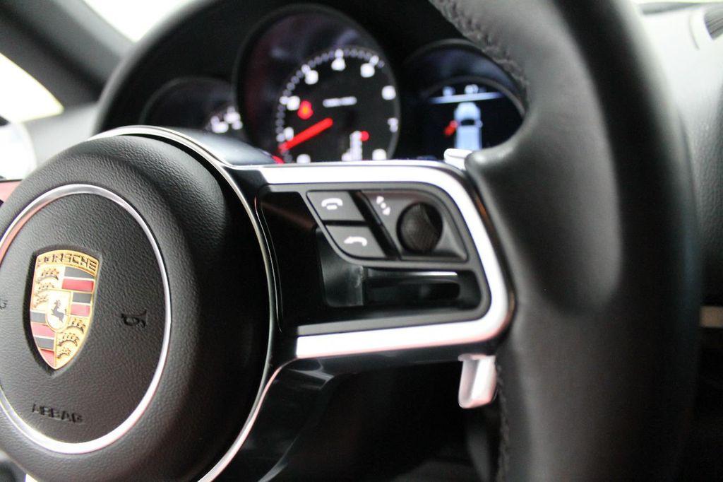 2016 Porsche Cayenne CAYENNE NAV BACKUP CAMERA PANOROOF AC SEATS LOADED!!!!!!!!!!!!!! - 17920160 - 33