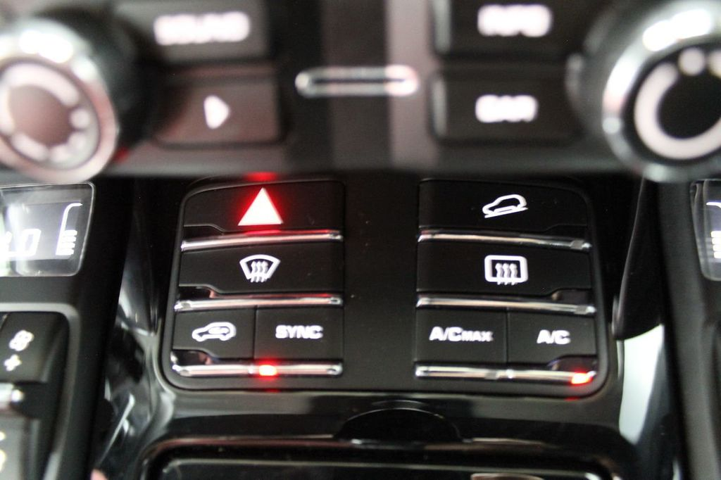2016 Porsche Cayenne CAYENNE NAV BACKUP CAMERA PANOROOF AC SEATS LOADED!!!!!!!!!!!!!! - 17920160 - 43