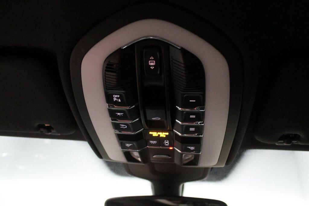 2016 Porsche Cayenne CAYENNE NAV BACKUP CAMERA PANOROOF AC SEATS LOADED!!!!!!!!!!!!!! - 17920160 - 46