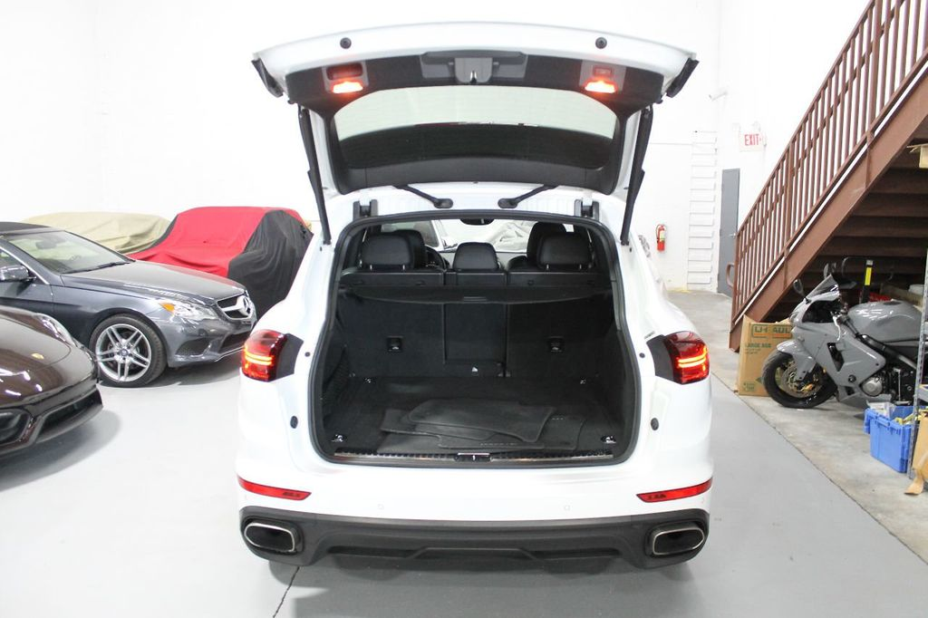 2016 Porsche Cayenne CAYENNE NAV BACKUP CAMERA PANOROOF AC SEATS LOADED!!!!!!!!!!!!!! - 17920160 - 51