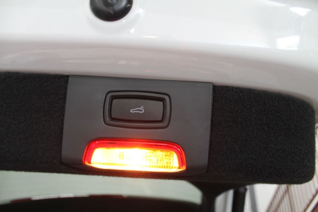 2016 Porsche Cayenne CAYENNE NAV BACKUP CAMERA PANOROOF AC SEATS LOADED!!!!!!!!!!!!!! - 17920160 - 53
