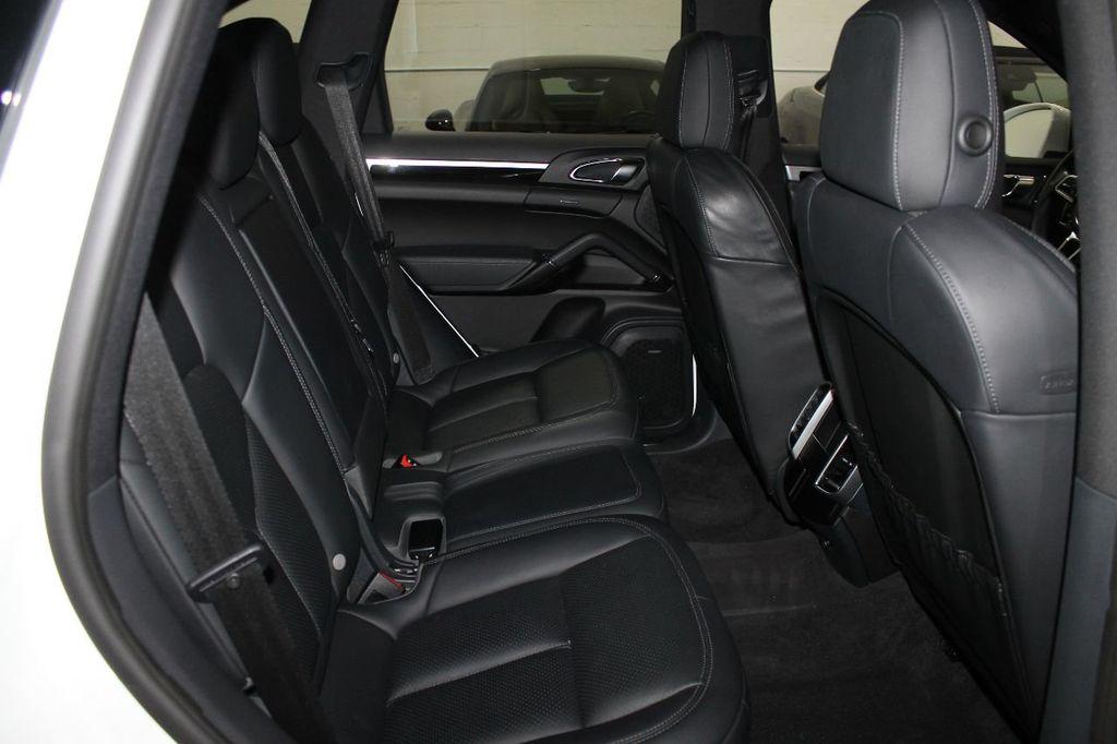2016 Porsche Cayenne CAYENNE NAV BACKUP CAMERA PANOROOF AC SEATS LOADED!!!!!!!!!!!!!! - 17920160 - 55