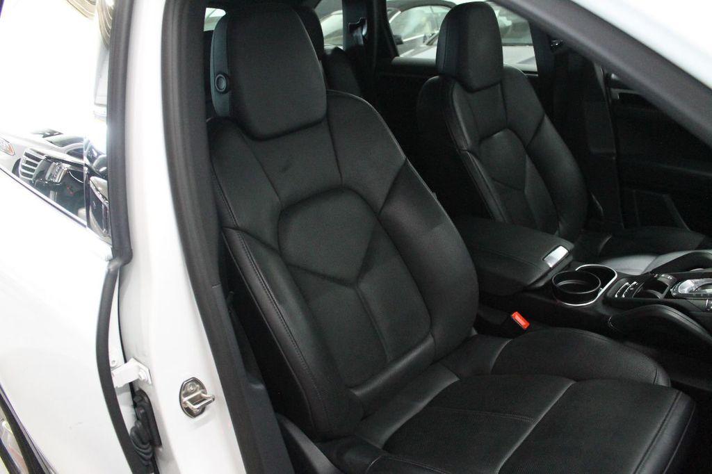 2016 Porsche Cayenne CAYENNE NAV BACKUP CAMERA PANOROOF AC SEATS LOADED!!!!!!!!!!!!!! - 17920160 - 58