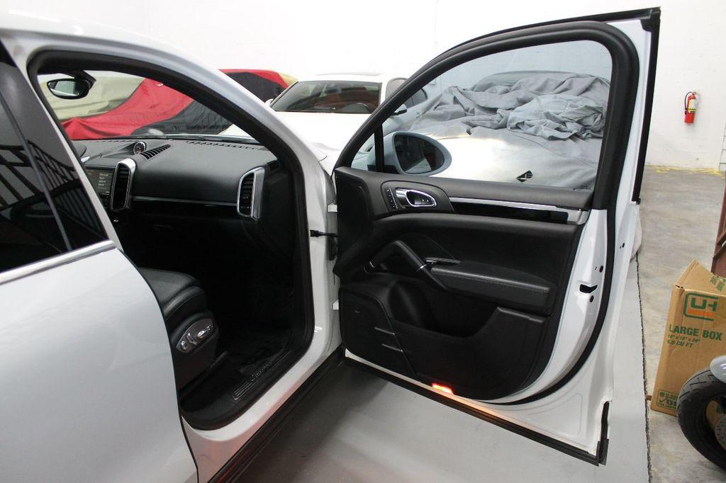 2016 Porsche Cayenne CAYENNE NAV BACKUP CAMERA PANOROOF AC SEATS LOADED!!!!!!!!!!!!!! - 17920160 - 62