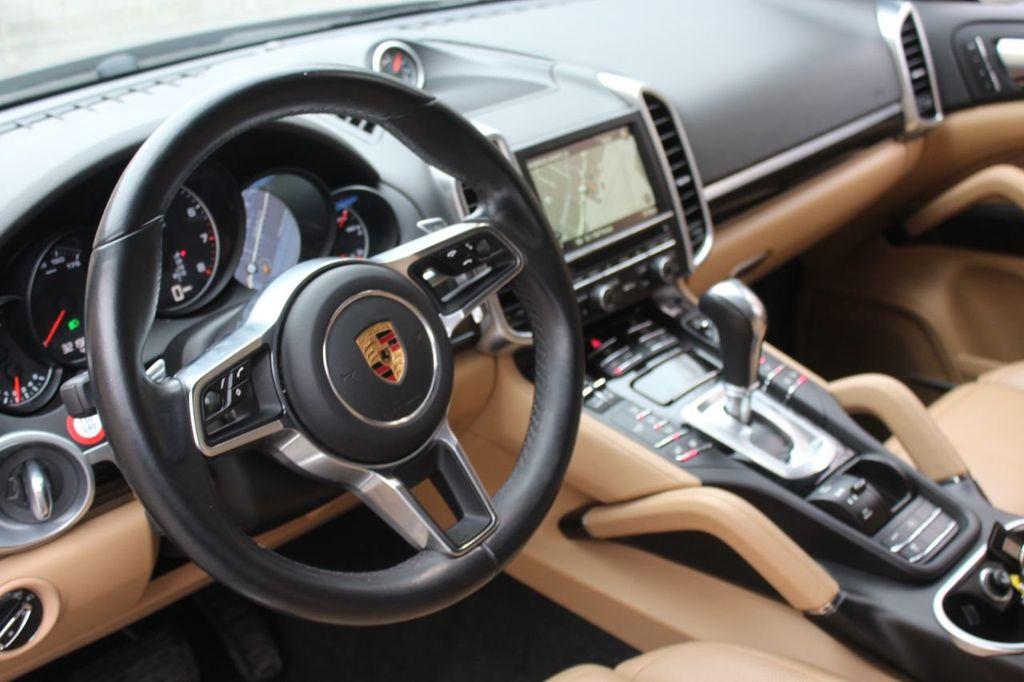 2016 Porsche Cayenne PREMIUM PKG,INFOTAINMENT PKG,NAV,SUNROOF,LANE ASSIST, - 18296228 - 16