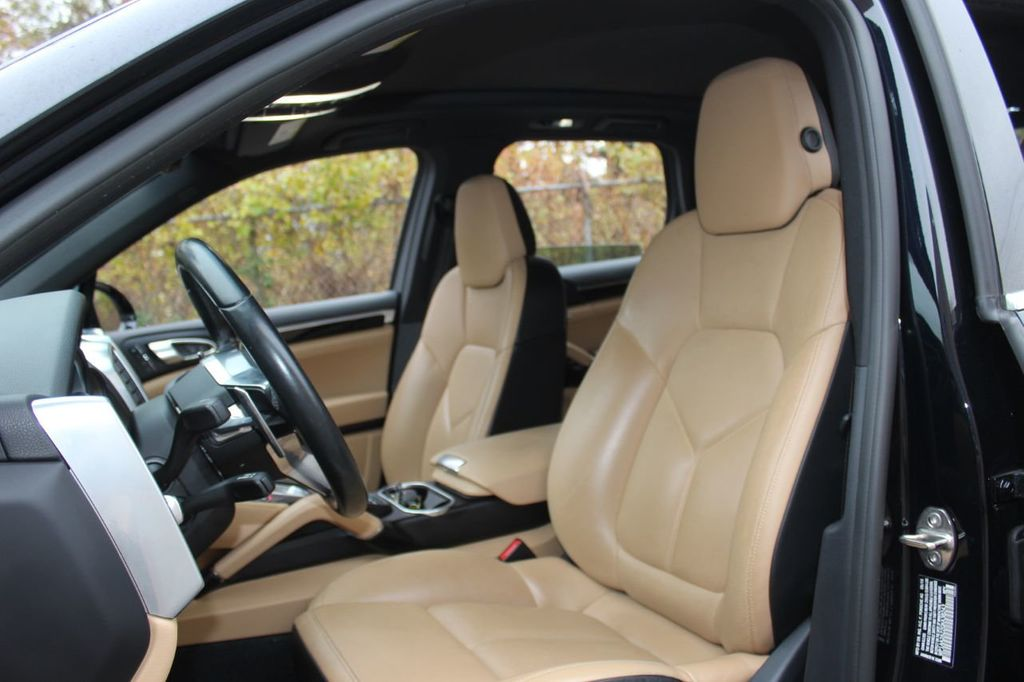 2016 Porsche Cayenne PREMIUM PKG,INFOTAINMENT PKG,NAV,SUNROOF,LANE ASSIST, - 18296228 - 19