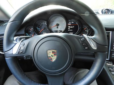 2016 Porsche Panamera  - Click to see full-size photo viewer