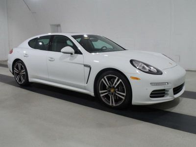2016 Porsche Panamera 2 - Click to see full-size photo viewer