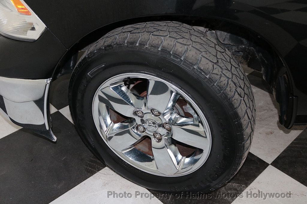 "2016 Ram 1500 2WD Quad Cab 140.5"" Big Horn - 18319592 - 28"