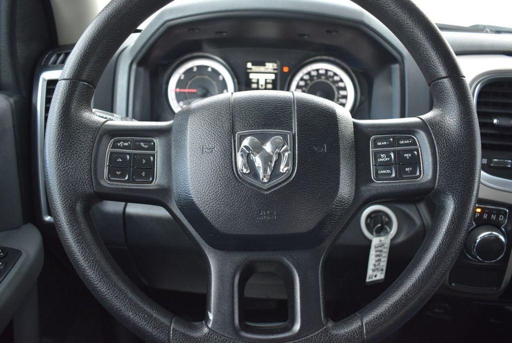 "2016 Ram 1500 2WD Quad Cab 140.5"" SLT - 18319316 - 15"