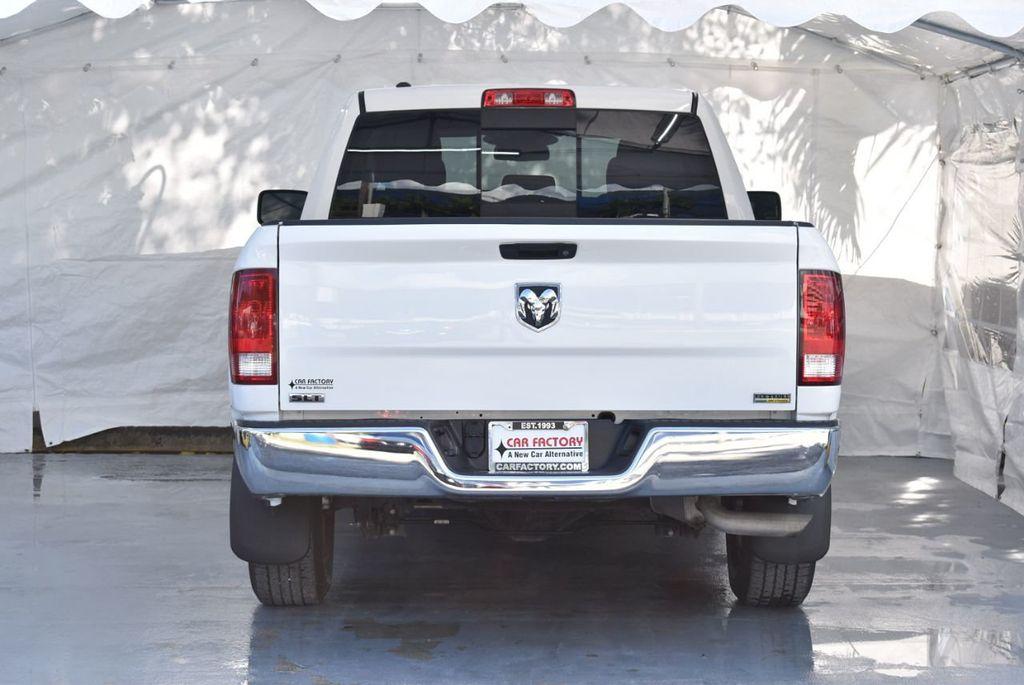 "2016 Ram 1500 2WD Quad Cab 140.5"" SLT - 18319316 - 5"