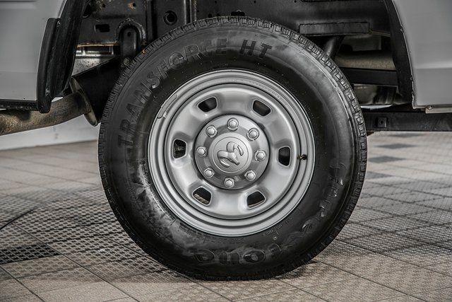 "2016 Ram 2500 4WD Crew Cab 169"" Tradesman - 17596316 - 15"