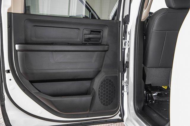 "2016 Ram 2500 4WD Crew Cab 169"" Tradesman - 17596316 - 30"