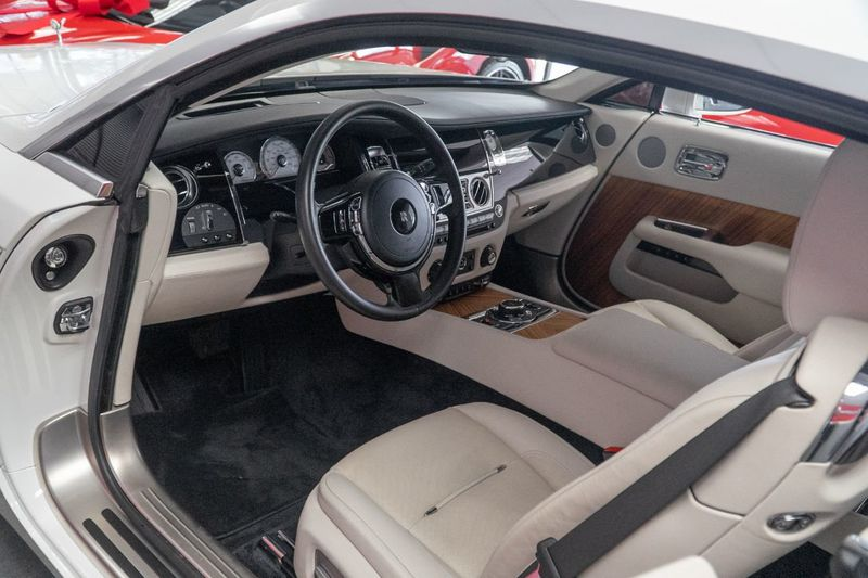 2016 Rolls-Royce Wraith 2dr Coupe - Click to see full-size photo viewer