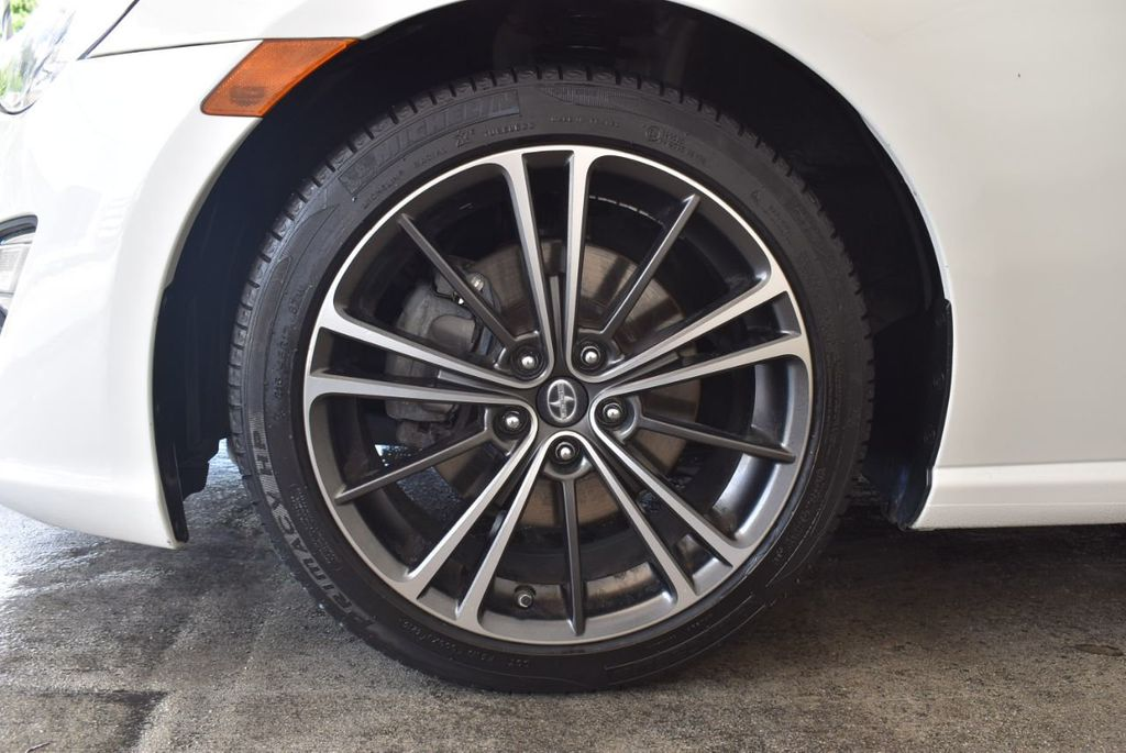 2016 Scion FR-S 2dr Coupe Automatic - 18194300 - 11