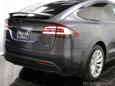 2016 Tesla Model X AWD 4dr 60D - Click to see full-size photo viewer