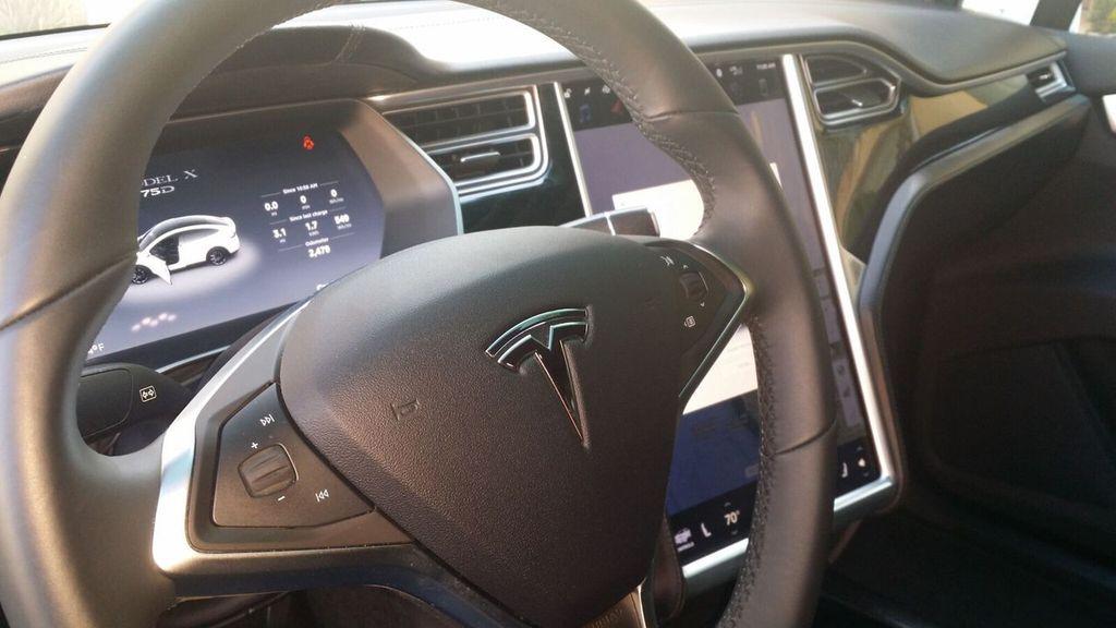 2016 Tesla Model X Model X 75D - 17103281 - 10